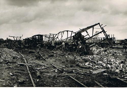 treinbombardement.jpg